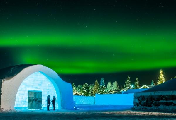 medium_icehotel-northern-lights
