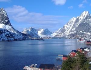 The-Reinefjord-in-Lofoten-042010-99-0010_800-800x600
